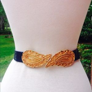 Vintage Navy Blue Croco Paisley Gold Buckle Belt